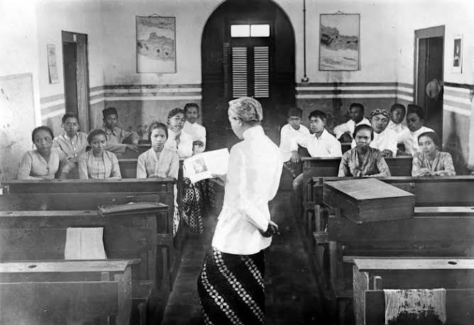 Taman Siswa dan Lika Liku Sejarah Pendidikan di Indonesia