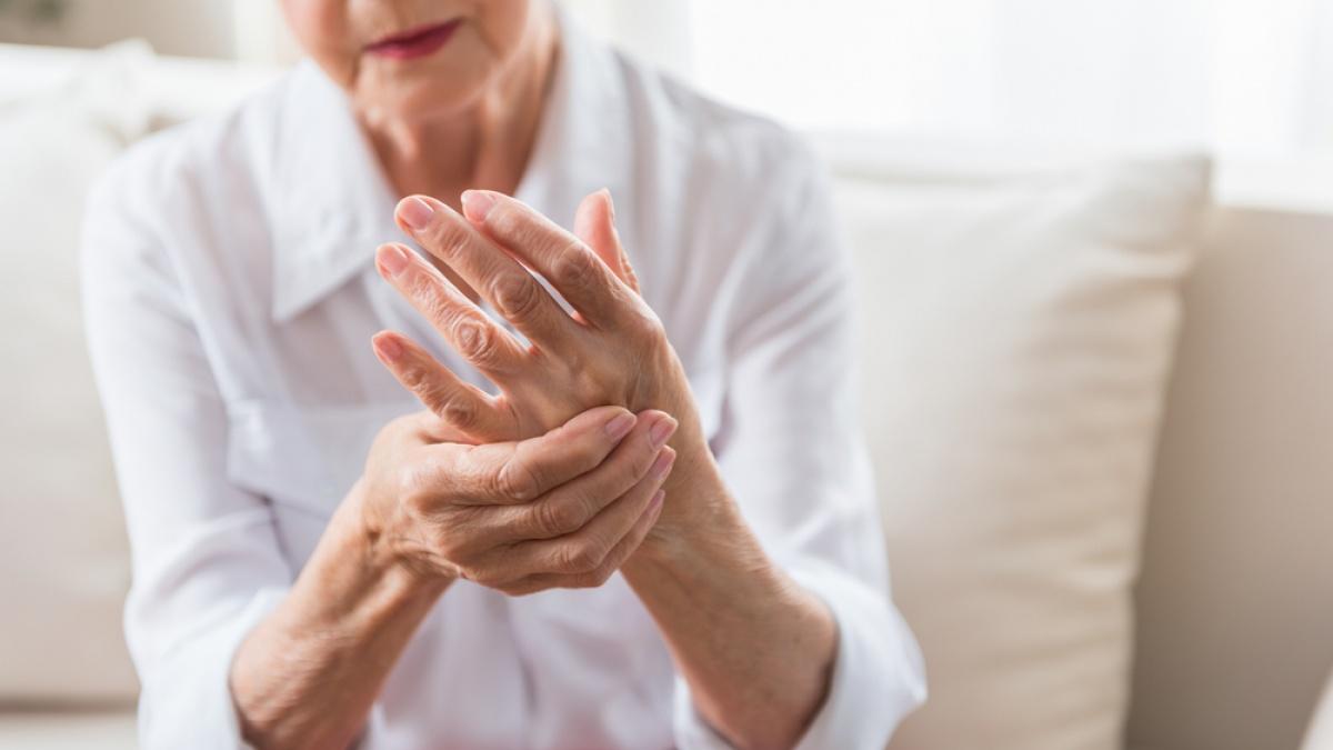 Afectiunile articulatiilor: Artrite si artroze, Artrita genunchiului la tineri