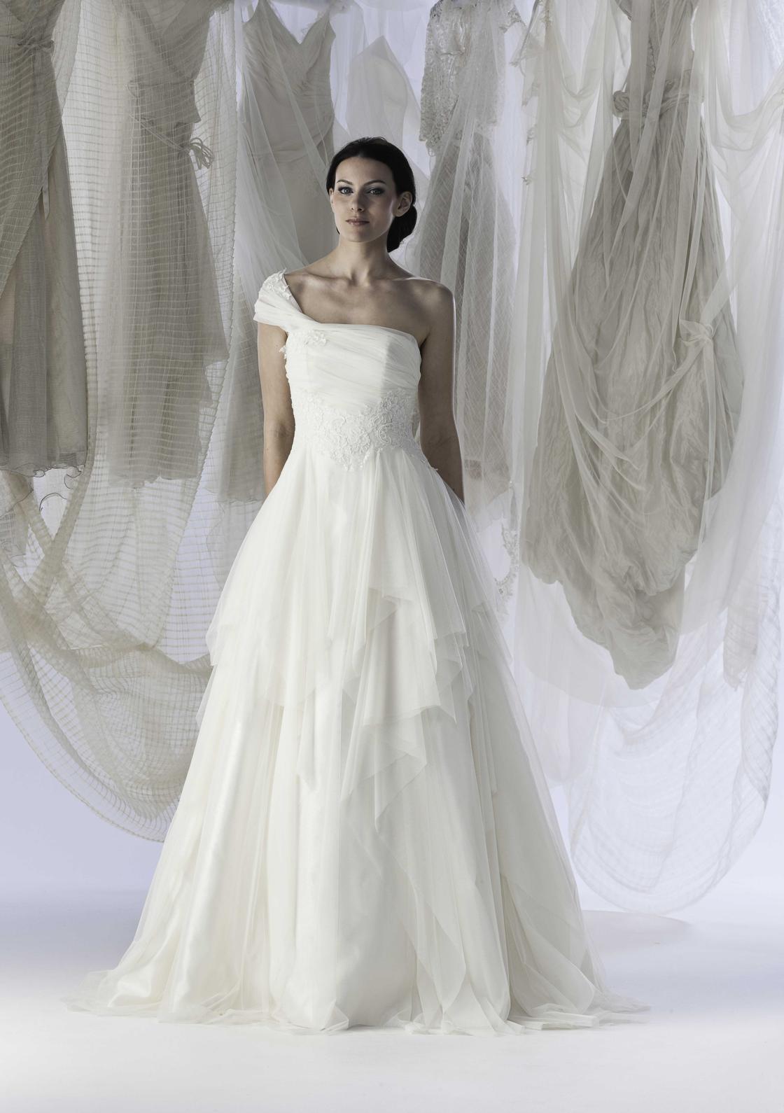 Roberta Lojacono Wedding Dresses
