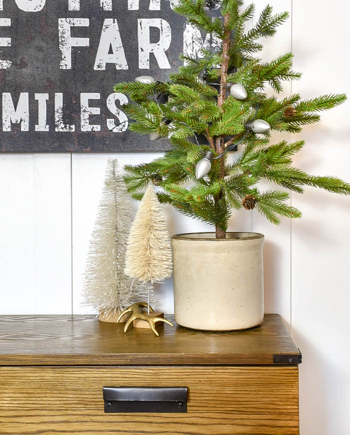 Christmas entry table