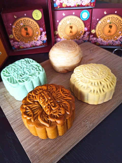 One World Hotel PJ - Zuan Yuan Moon Cakes Collection - Price List