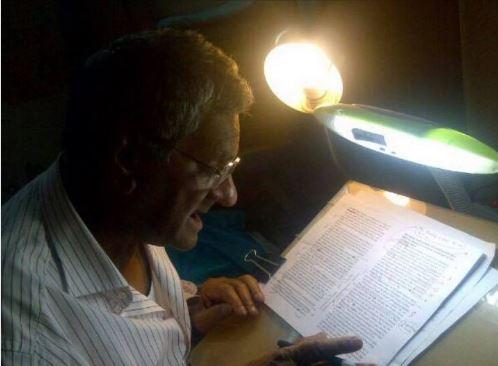 मेरे सर श्री चरणदास सिंधू, जिन्होने जीवन का अर्थ समझाया.