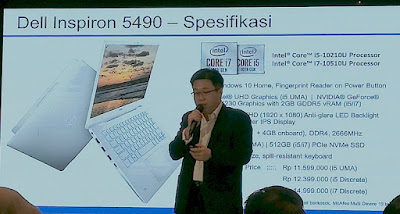 William Hartoyo, Product Marketing Manager Dell Indonesia memjelaskan spesifikasi Dell Inspiron 5490