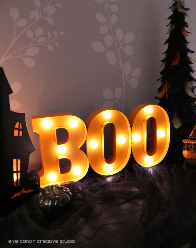 halloween decor, BOO marque sign, BOO lighted sign, decorating for halloween