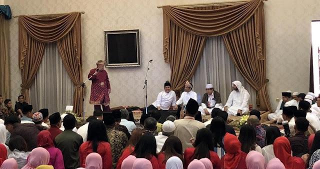 Di Palembang, Jokowi Hadiri Silaturahmi Orang Terkaya di Sumsel