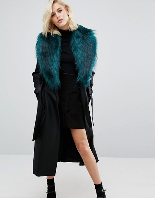river island coat with green fur collar, coat with green fur collar, maxi coat with large fur collar,