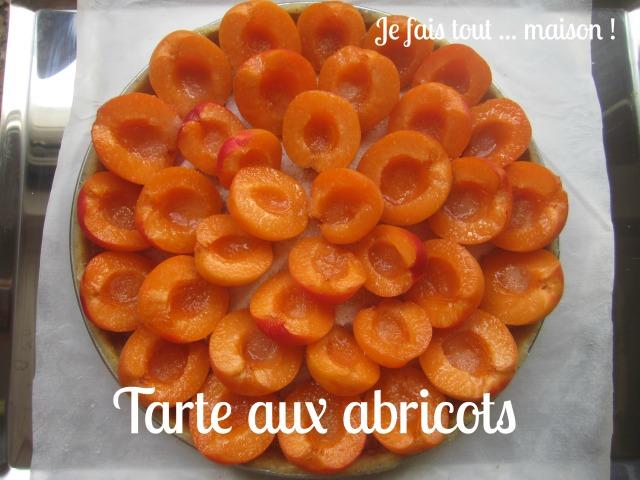 Tarte aux abricots avant cuisson
