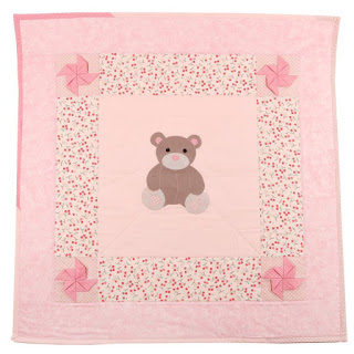 applique teddy bear quilt 3D pinwheels