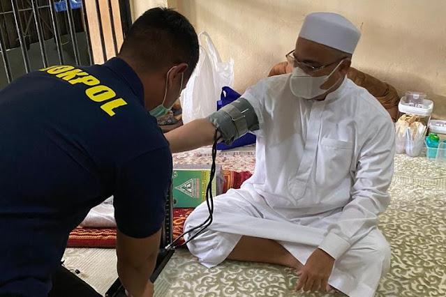 Pengacara Ungkap Penyebab Sakit Habib Rizieq Shihab