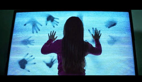 Poltergeist remake horror movie 2015