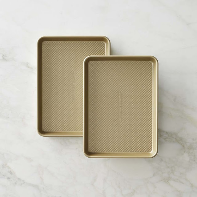Williams Sonoma Gold Touch Quarter Sheet