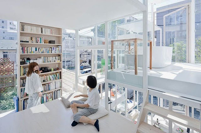Crazy Transparent House in Japan