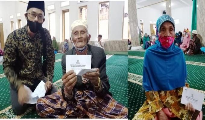 Ratusan Yatim Piatu dan Jompo Dhuafa terima Santunan dari Baznas dan UPZ Pemprov Banten