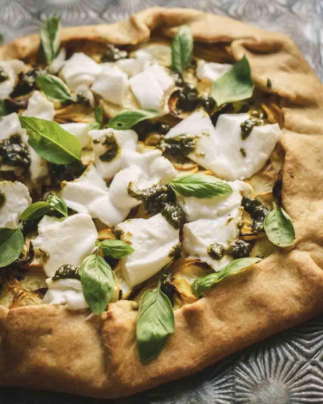 mozzarella , cuisine des vacances, tarte salée , légumes , courgettes