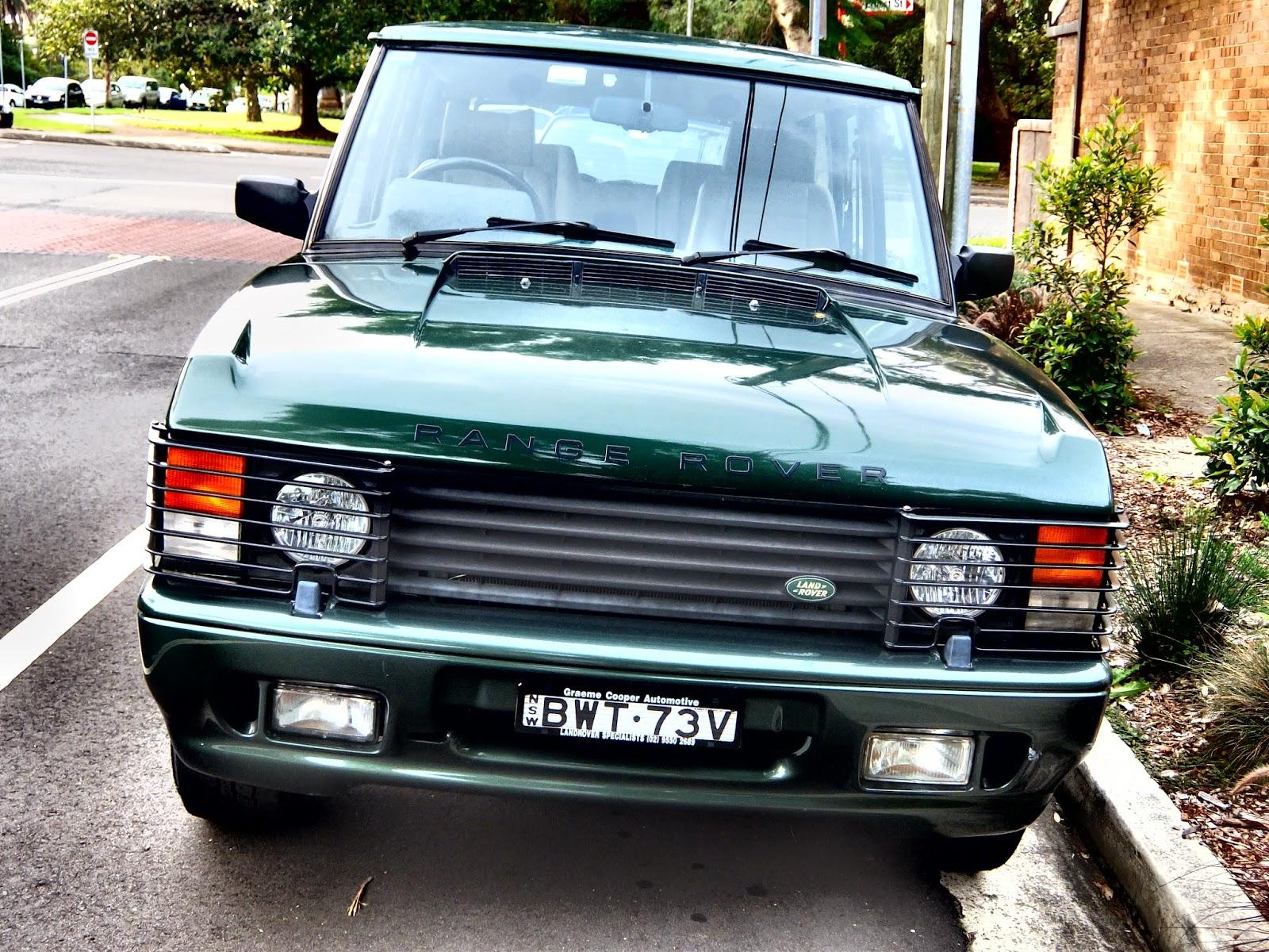 Aussie Old Parked Cars 1994 Range Rover Vogue SSE