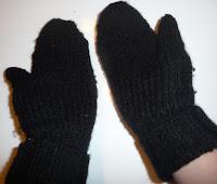 jak zrobić rękawiczki z rękawa swetra