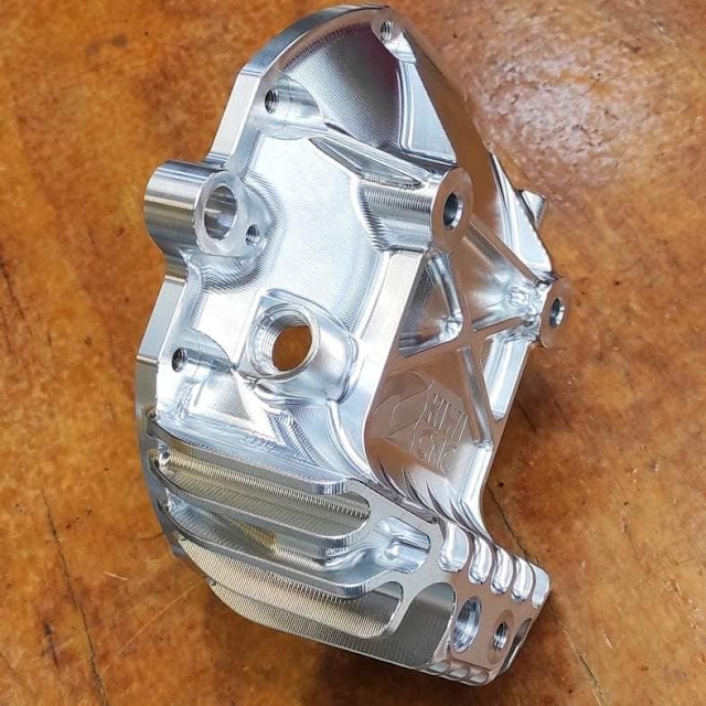 Billet R200 differential cover for Nissan Skyline