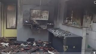 Doações a família que teve a casa destruída pelo incêndio na tarde de 27/12 em Registro-SP