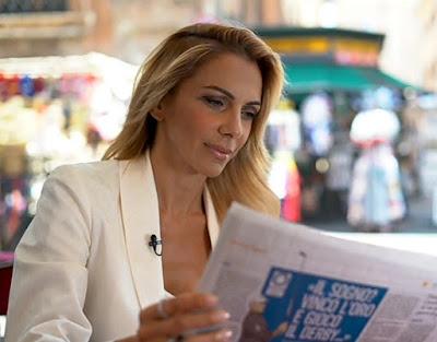 Simona Branchetti foto promo morning news su canale 5
