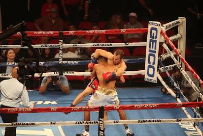 Alan Sanchez takes down Alexander Besputin