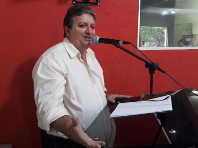Em discurso na Câmara Hugo confirma nome de Roberto Martins como pré-candidato a prefeito em 2020