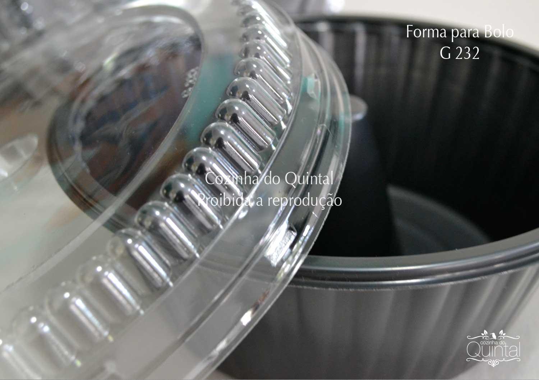 Forma para Bolo CPET Galvanotek na Cozinha do Quintal