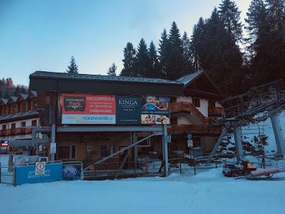 Ośrodek narciarski Czorsztyn Ski, dolna stacja kolejki na górę Wdżar