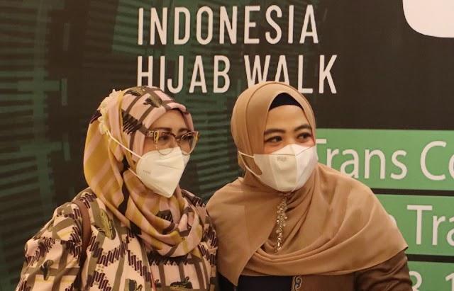 Indonesia Hijab Walk Prakarsai Gelaran Fashion Show Pertama Setelah Setahun Pandemi