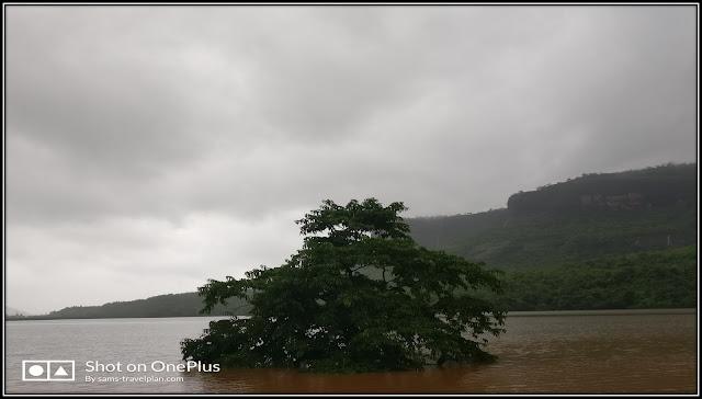 Devkund waterfall, Bhira dam