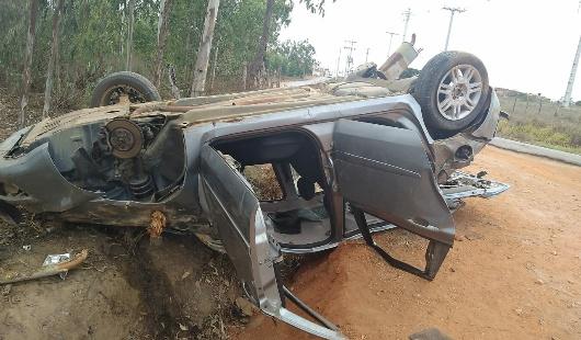 Urgente POÇÕES-BA: Grave acidente é registrado nessa madrugada na saída da cidade.
