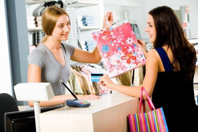 Εταιρία με κατάστημα γυναικείων ρούχων στο Ναύπλιο ζητά πωλήτριες
