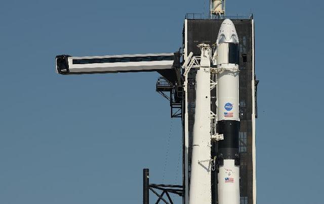 Cuaca Buruk Menjelang Peluncuran Pertama Astronot AS oleh SpaceX