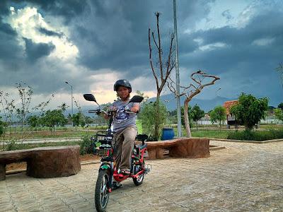 Wahana pit listrik ada track khusus sepeda listrik dan bendi.