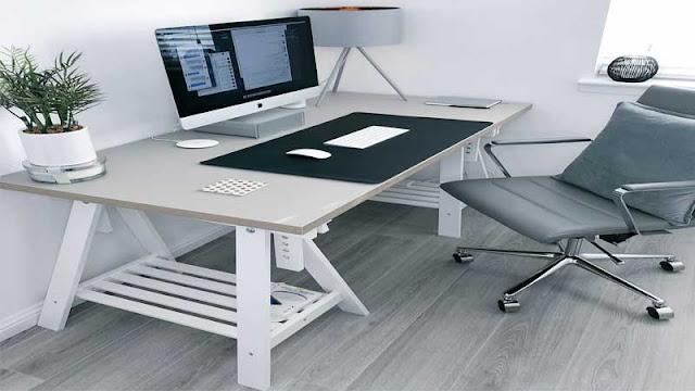 Laminated floor ruang kerja minimalis