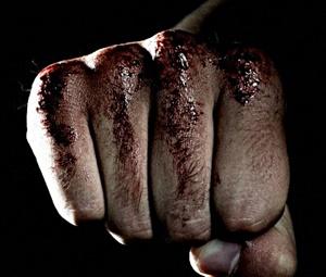 Em Barroquinha, briga dentro de escola termina com um espancado e outro na delegacia