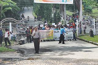 Stop Menghalangi, Mahasiswa Adalah Garda Terdepan