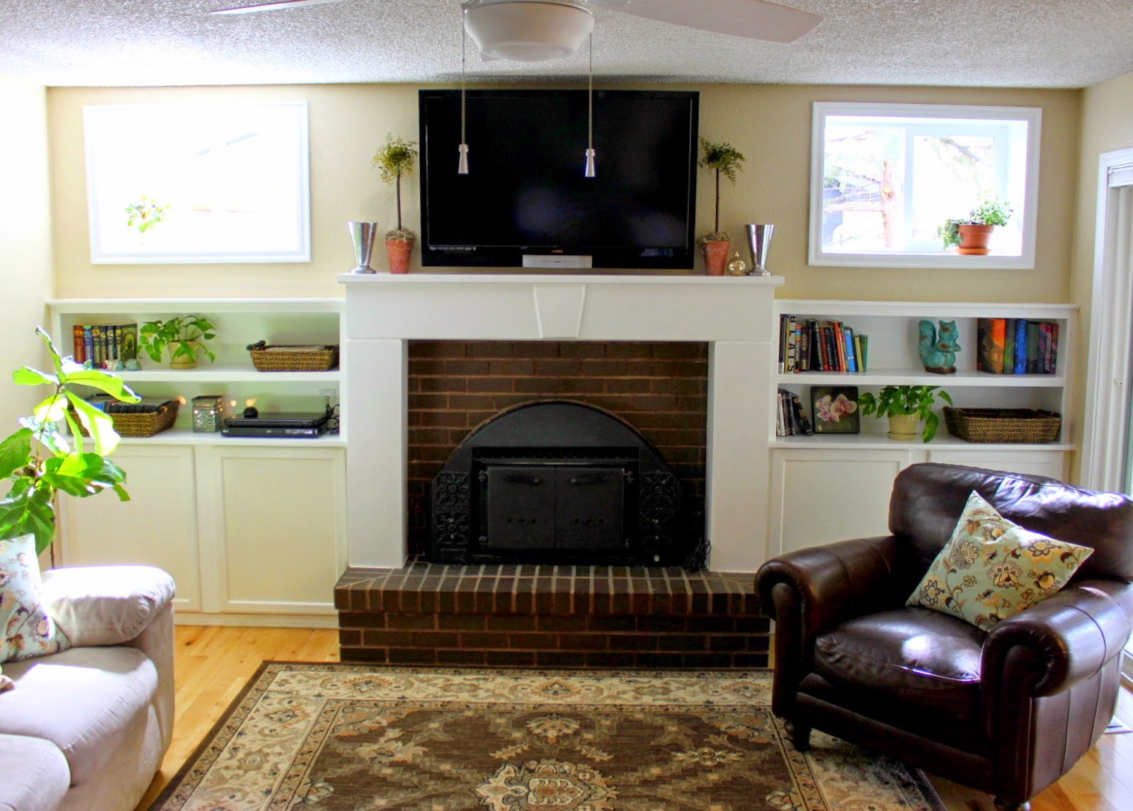 Crafty Sisters: Fireplace Built Ins