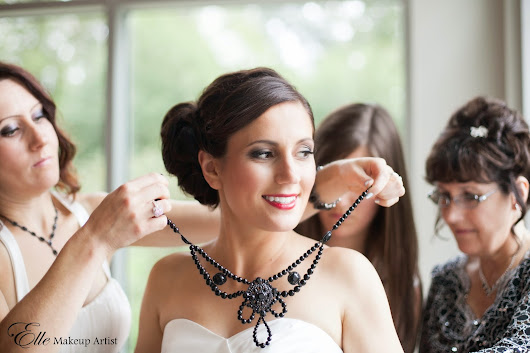 Black and White Vintage Winery Wedding - Bridal Makeup with Red Lips
