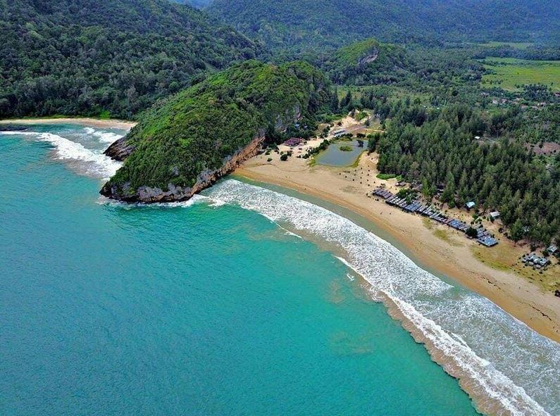 pantai lampuuk beach lhoknga