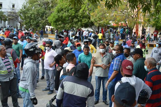 Saqueo de mototaxistas en  en Riohacha, la mayoría son de nacionalidad venezolana