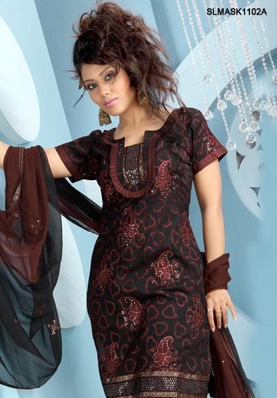 a87b06cedd Today latest trends in designer salwar kameez dominate the ethnic clothing  scene.