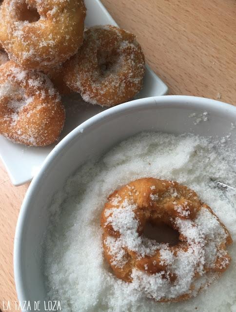 rosquillas-de-naranja-pasadas-por-azúcar