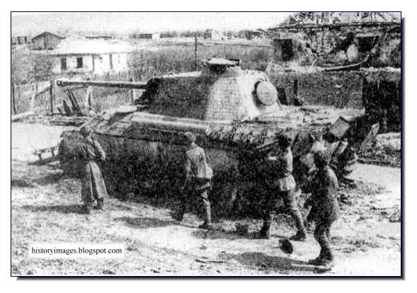 Red Army outskirts Tarnapol April 1944