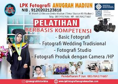 PELATIHAN FOTOGRAFI