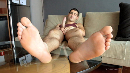 love barefeet gay whiteboi toes