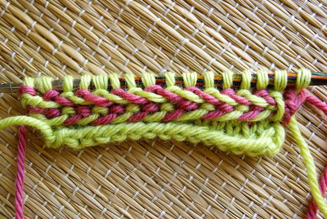 tresse lettonne tricotée à plat