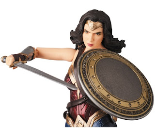 MAFEX no.60 Wonder Woman de Justice League - Medicom