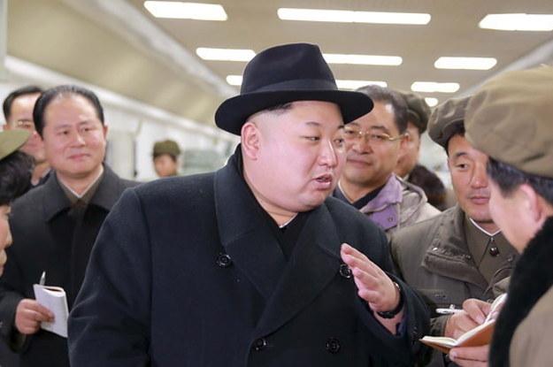 چین تیمێکی پزیشکی بۆ چاودێریکردنی کیم  رهوانهی کۆریای باکوور دهكات