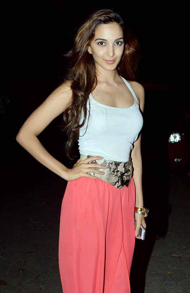 Kiara Advani sexy still