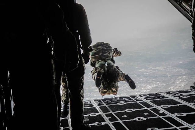 Aeronautica addestramento Marines USAF Pisa